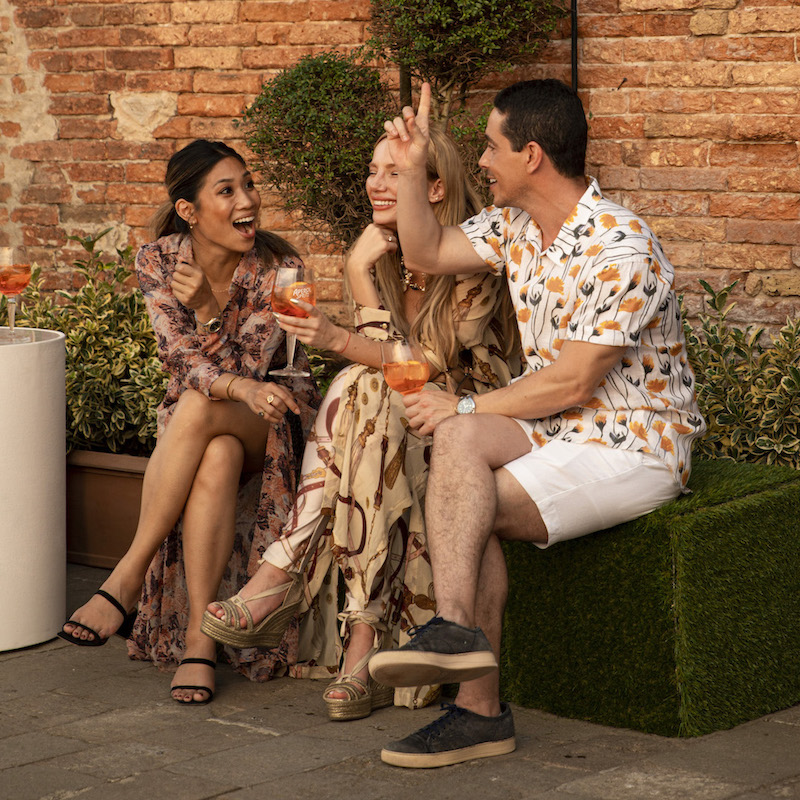 https://www.aperol.com/wp-content/uploads/2021/06/APEROL100_DAY2_EVENT_PEOPLE_36_2.jpeg